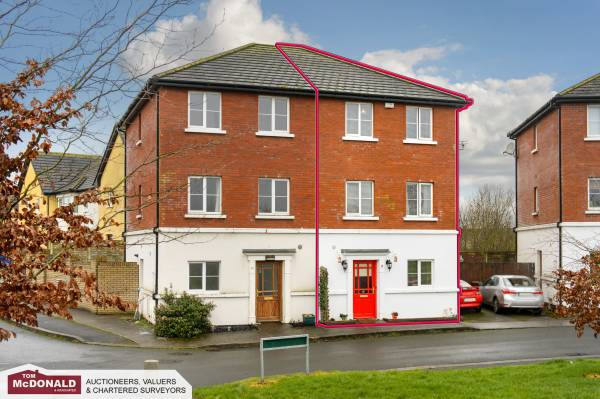 9 Castlelea View, Lansdowne, Portarlington, Co. Laois