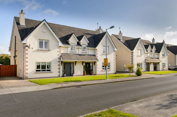 4 Ballymorris Court, Portarlington, Co. Laois.