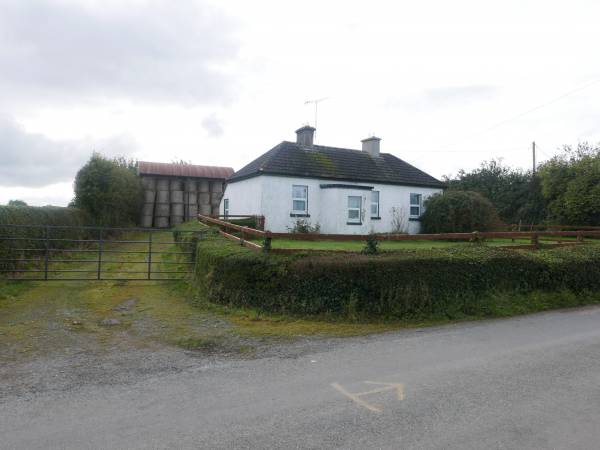 Cottage on 10.65 Acres