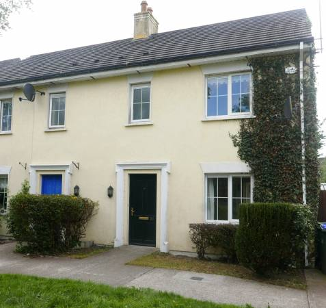 30 Station Grove, Portarlington, Co. Laois